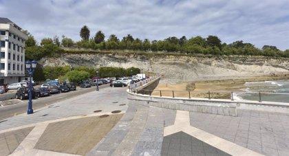 Santander activa el dispositivo preventivo por alerta naranja en la costa