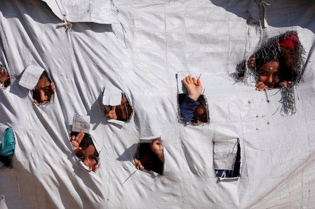 Niños en el campo de desplazados de Al Hol, en Hasaka