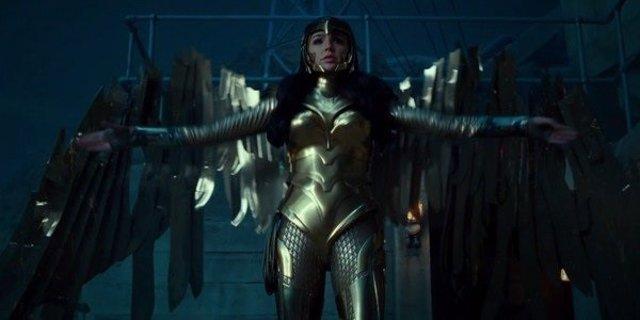 Fotograma de 'Wonder Woman 1984' en el que aparece la actriz Gal Gadot