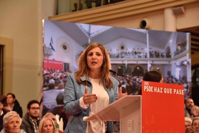Irene García, secretaria general del PSOE en Cádiz en un acto