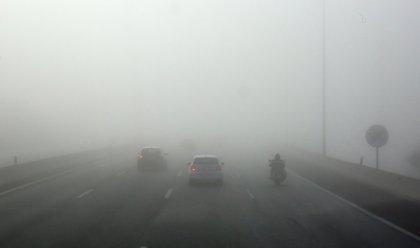 La niebla afecta a la visibilidad en más de 172 kilómetros de siete carreteras de CyL