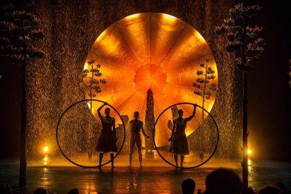 Cirque du Soleil traerá a València su fusión de luz y lluvia 'Luzia'