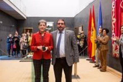 Ana Ansa toma posesión como nueva parlamentaria de Geroa Bai en la Cámara navarra
