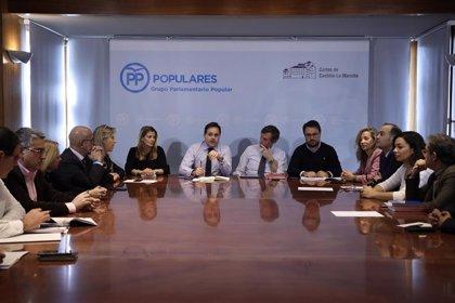 """PP C-LM pide a García-Page que firme """"ante notario"""" que sus diputados del PSOE dirán no a una investidura con ERC"""