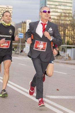 El atleta Martín Fiz participando en la Santander Cursa de les Empreses
