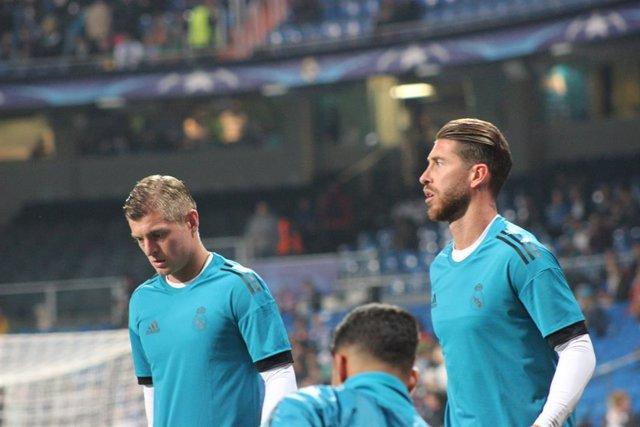 Fútbol/Champions.- Zidane da descanso a Sergio Ramos y Kroos para el viaje a Bru