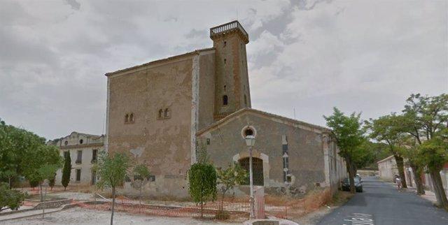 El Palacio que forma parte de la colonia de Santa Eulalia en Sax.