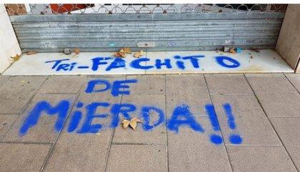 Cs condena las pintadas en su sede en L'Hospitalet (Barcelona)