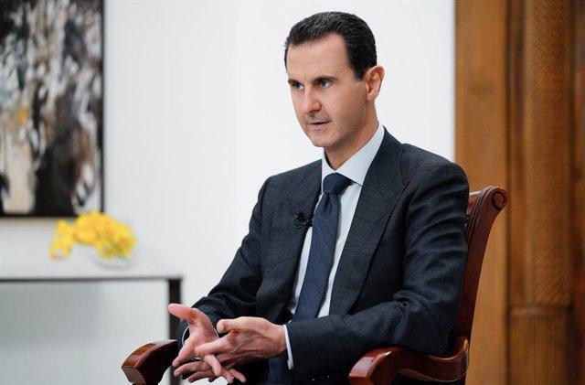 Siria.- Al Assad atribuye la crisis migratoria en Europa al apoyo de la UE al te