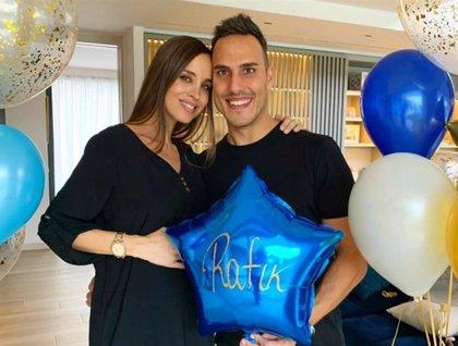 Lorena Van Heerde y Rafik Dehni le dan la bienvenida a su segundo hijo, Rafik