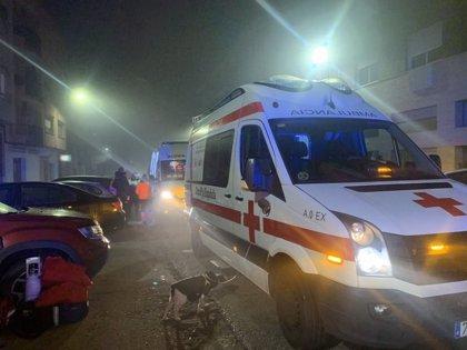 Siete heridos leves, entre ellos un niño y una embarazada, en el incendio de una vivienda en Badajoz