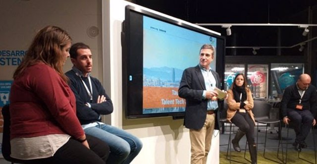 Integradors del projecte durant l'acte de presentació