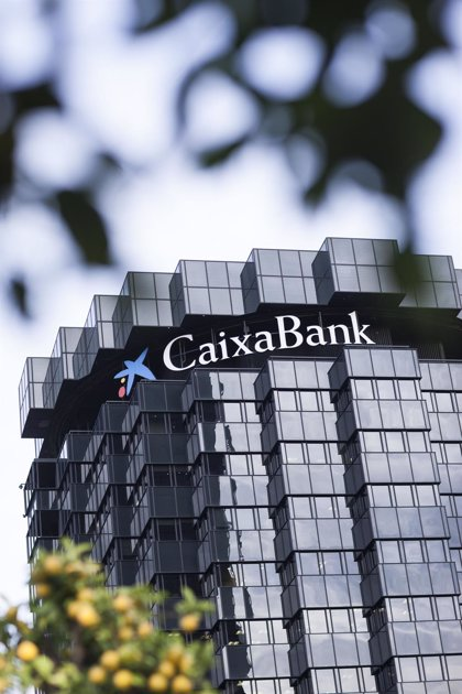 """CaixaBank, su obra social, Telefónica y El Corte Inglés, las empresas españolas """"más exitosas"""""""