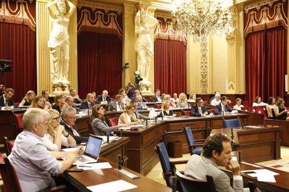 El Parlament pide al Gobierno que despenalice la eutanasia
