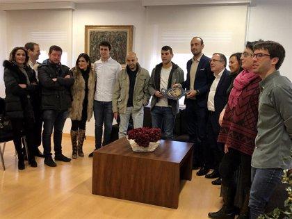 La Corporación de Torrelavega recibe a Sergio García tras revalidar su título como Campeón de Europa