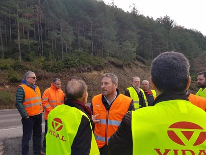 Soro visita las obras de emergencia en la A-139, en Santaliestra, en las que se invierten 1,6 millones de euros