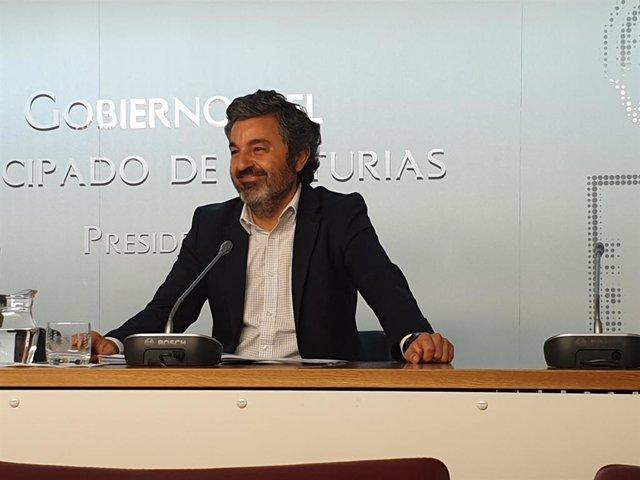 El consejero de Desarrollo Rural, Agroganadería y Pesca, Alejandro Calvo
