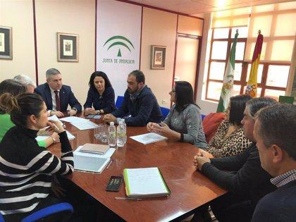 La Junta impulsa una mesa de trabajo para mejorar el transporte escolar de Alcaudete