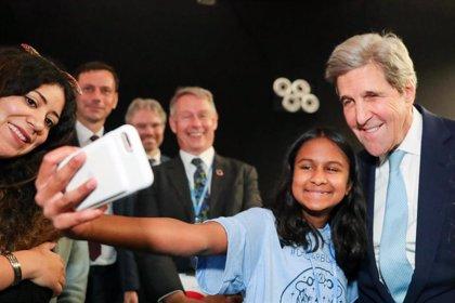 """COP25.- Kerry defiende el legado del compromiso de EEUU con Obama hasta que """"el nuevo líder"""" negó el cambio climático"""