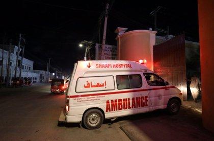 El ataque de Al Shabaab contra un hotel situado cerca del palacio presidencial de Somalia deja cinco muertos