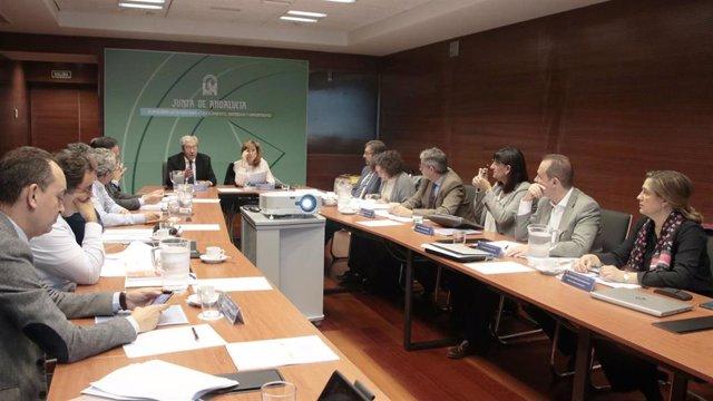 Reunión del consejero de Economía, Conocimiento, Empresas y Universidad, Rogelio Velasco, con los rectores de universidades públicas andaluzas para presentarles su propuesta de modelo de financiación.