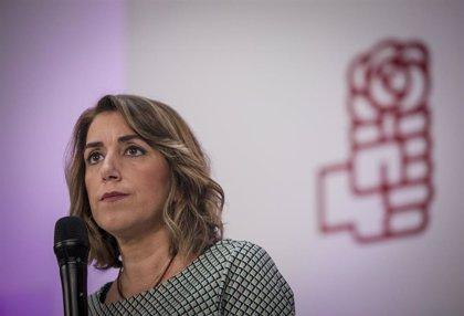 """Susana Díaz dice que va """"a una"""" con Sánchez y que cualquier pacto para formar gobierno """"será dentro de la Constitución"""""""