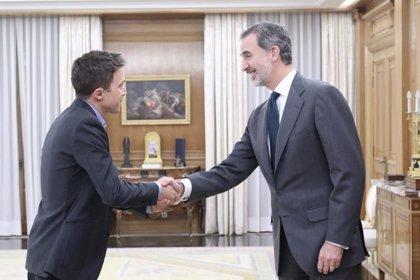 """Errejón avanza al Rey su """"voluntad"""" de apoyar Sánchez, pero exige medidas """"valientes"""""""