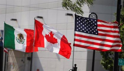 """Canadá, EEUU y México firman la versión final de un """"histórico"""" acuerdo comercial tras dos años de conversaciones"""