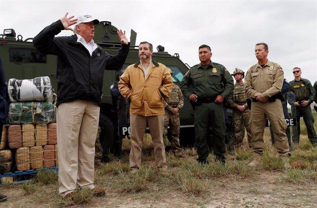 Donald Trump en Texas tras visitar el muro con México