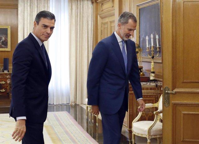 El presidente del Gobierno en funciones, Pedro Sánchez, a su llegada al Palacio de la Zarzuela, donde es recibido en audiencia por el rey Felipe VI.