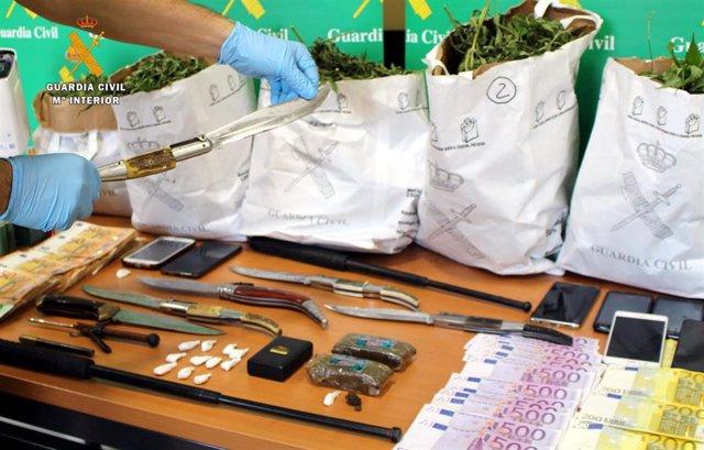 Rdo. Nota De Prensa Guardia Civil (69 Detenciones Desarticulando Un Grupo Criminal Dedicado Al Tráfico De Drogas Y Las Peleas De Gallos)