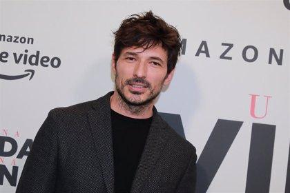 Andrés Velencoso se abre al escuchar el nombre de Lara Álvarez