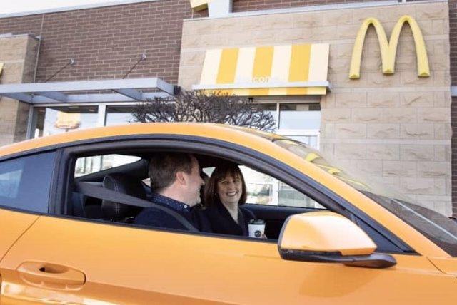 Acuerdo entre Ford y McDonalds