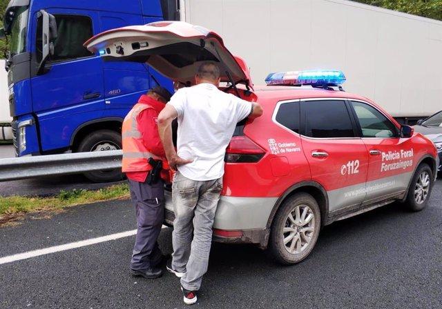 Control de un camionero en Legasa