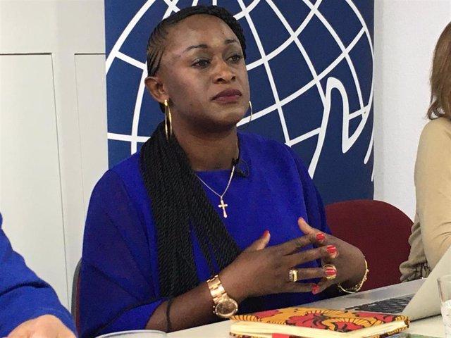 La activista y periodista congoleña Caddy Adzuba
