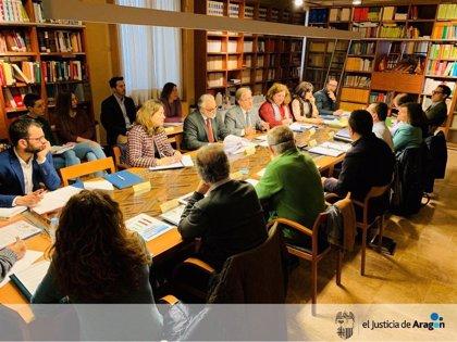 El Justicia de Aragón sugiere al Ayuntamiento de Zaragoza crear la Mesa del Ocio ante las numerosas quejas vecinales