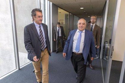 Cantabria y Renfe crean un grupo de trabajo para analizar las inversiones en Cercanías
