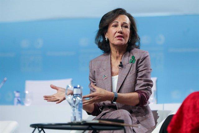 La presidenta del grupo Santander, Ana Botín, durante su intervención en el evento del segmento de Alto Nivel de la COP25, durante la décima jornada de la Conferencia de Naciones Unidas sobre el Cambio Climático (COP25), en Madrid (España).