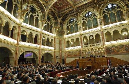 El Parlamento húngaro aprueba una ley para incrementar el control del Gobierno sobre los teatros del país
