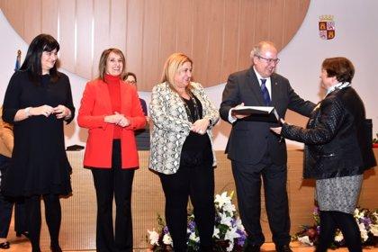 La Junta entrega distinciones a 214 empleados públicos de Soria