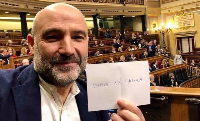 O deputado do BNG no Congreso, Néstor Rego, abstense na votación a Batet para a presidencia da Cámara baixa