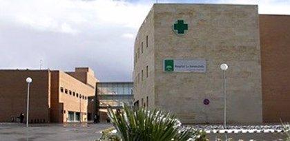 Trasladado al hospital tras el incendio de una casa en Turre (Almería) que ha quedado inhabitable