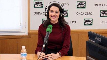 "Arrimadas intentará atraer a Sánchez a un pacto PSOE-PP-Cs, pero lamenta ver al PP ""pensando en gobernar después"""