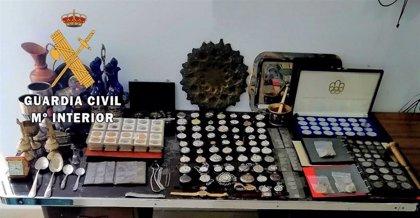 Detenido un hombre por el robo en una vivienda en Torrecillas de la Tiesa y recuperado un botín de más de 120.000 euros