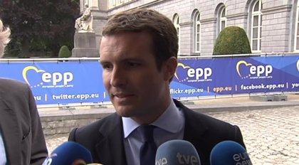 Casado insta a Sánchez y Borrell a proponer una reforma de la euroorden para incluir sedición y rebelión