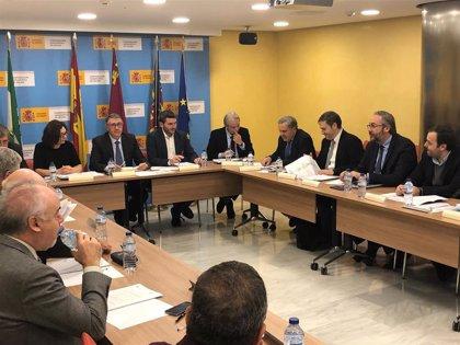 """El Gobierno murciano denuncia que el Plan Director de Castilla-La Mancha """"sentencia a muerte"""" el Tajo-Segura"""