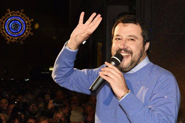 Matteo Salvini en un acto electoral de partido en enero