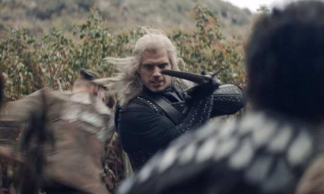 Geralt de Rivia (Henry Cavill) no hace prisioneros en el último tráiler de 'The Witcher'
