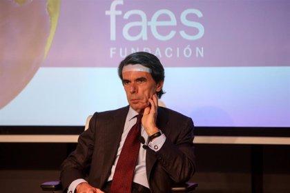 """La FAES de Aznar alerta contra un Gobierno del PSOE con Podemos: """"¡Que Dios nos coja confesados!"""""""