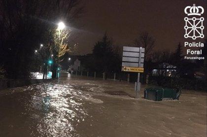 El caudal de los ríos supera las previsiones y causa inundaciones en diversos puntos de Navarra